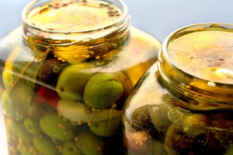 Recipe for pickling olives