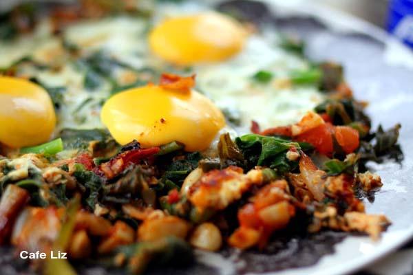 spinach-shakshuka