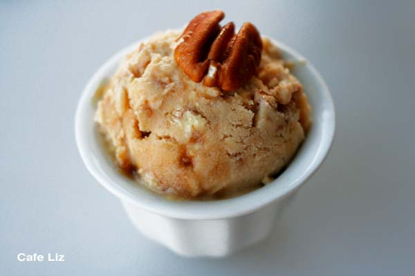 banana-pecan-ice-cream