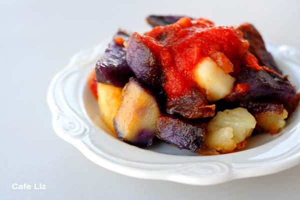 patatas-bravas-cafe-liz
