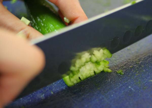 tabouleh-cucumber-chopping2
