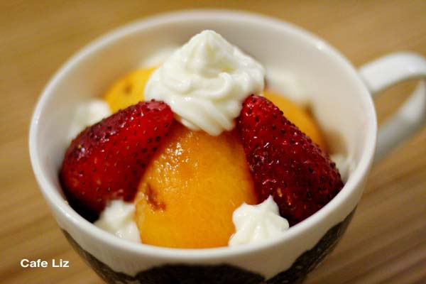 loquat-strawberry-cream-cheese-dessert2