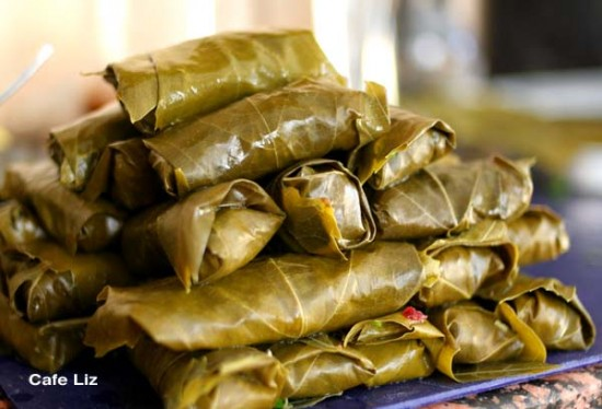 pile-of-stuffed-grape-leaves