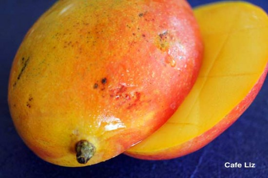 sliced-mango