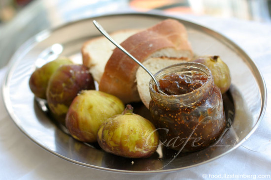 how to make fig wine